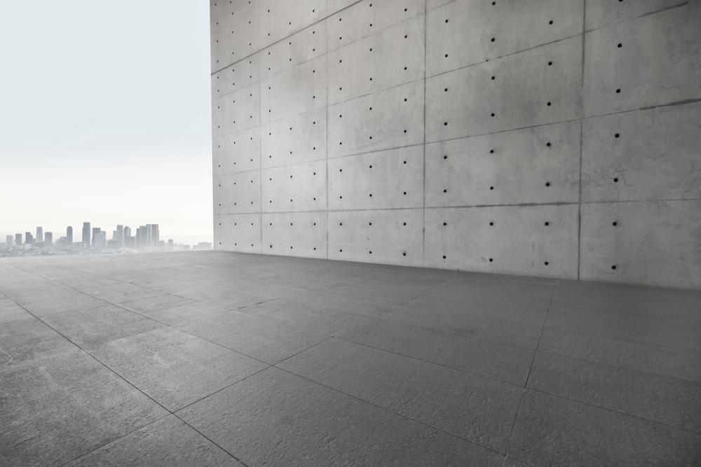 جدران خرسانية مسبقة الصنع بالرياض